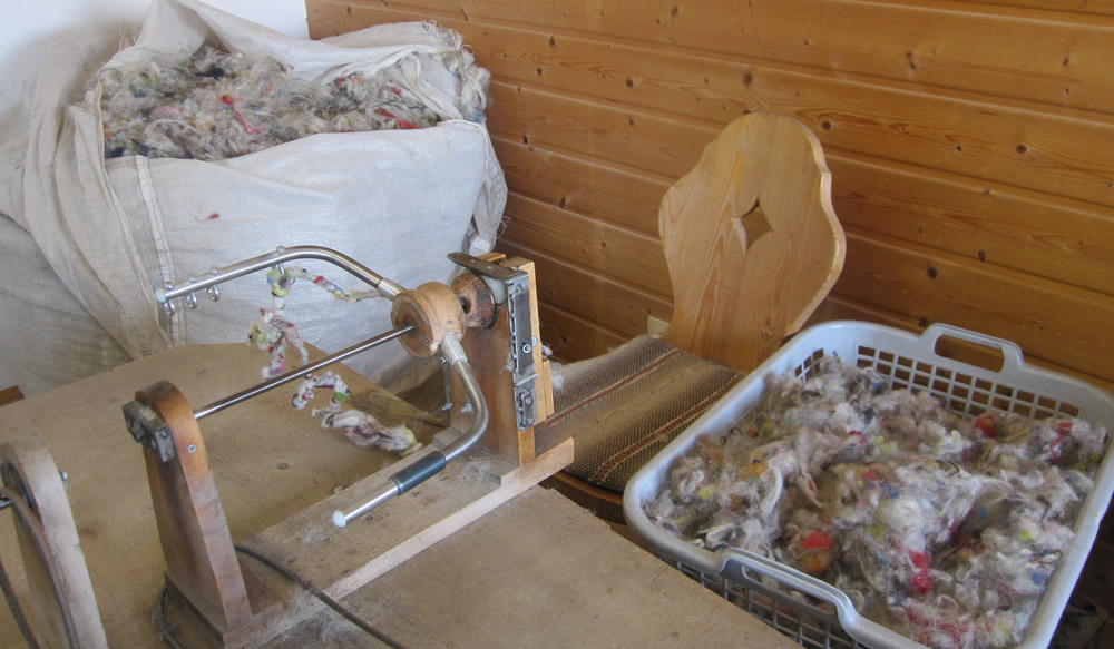 Wool spinning machine